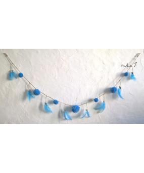 Guirlande pompons bleue