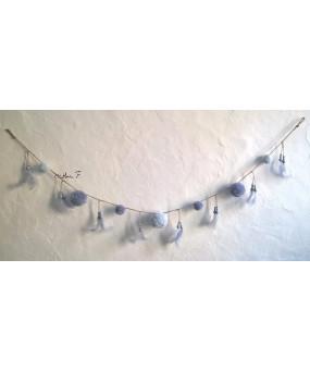 Guirlande pompons gris clair